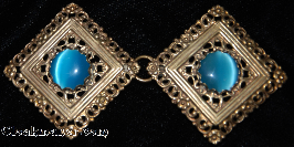 Filigree Diamond<br>w/Lg Round Blue glass