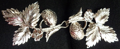 Strawberry Leaves<br>Silvertone