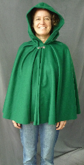 "Cloak:2531, Cloak Style:Fuller Half Circle, Cloak Color:Emerald Green, Fiber / Weave:50% Cashmere / 50% wool, Cloak Clasp:Antiquity, Hood Lining:Unlined, Back Length:29"", Neck Length:20"", Seasons:Fall, Spring."