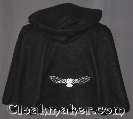 Cloak:3226, Cloak Style:Short pullover cloak, Cloak Color:Black, Fiber / Weave:Economy Fleece, Cloak Clasp:Plain Rope<br>Hook & Eye, Hood Lining:Unlined keyhole neck, Back Length:21&quot;, Neck Length:21&quot;, Seasons:Fall, Spring, Note:Then nightly sings the staring owl,<br>Tu-whit; Tu-who, a merry note.<br>-William Shakespeare.<br>A cloak for all night owls this<br>light weight economy fleece<br>black pullover circle cloak<br>has a embroidered white celtic owl<br>with glow in the dark eyes.<br>Perfect for late night walks or a snuggle.<br>Ideal for a child or young adult<br>with a keyhole neck and hidden<br>modern rope hook and eye clasp<br>Machine washable..