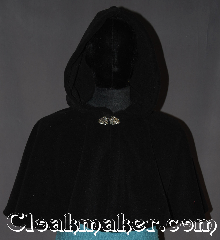 Cloak:3283, Cloak Style:Full Circle Short Cloak, Cloak Color:Black, Fiber / Weave:Windblock Polar Fleece, Cloak Clasp:Vale, Hood Lining:Unlined, Back Length:17&quot;, Neck Length:22&quot;, Seasons:Winter, Southern Winter, Fall, Spring, Note:A perfect short capelet for a starter cloak<br>or formal evening during cold receptions.<br>Made of warm black wind-block<br>polar fleece and adorned with an<br>elegant Vale pewter clasp.<br>100% polyester machine washable<br>DO NOT DRY CLEAN..